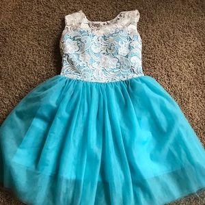 Dresses & Skirts - NWOT Vintage Inspired Semi Formal Size 16